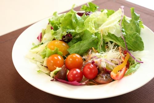 肌荒れしたらビタミンとその働きを助ける栄養成分を意識してみて