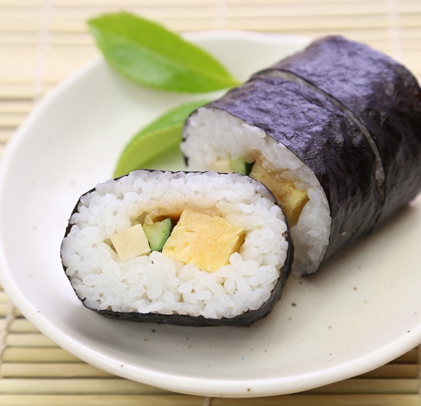 食べ物でシミ、ソバカス対策したいなら海苔がオススメ