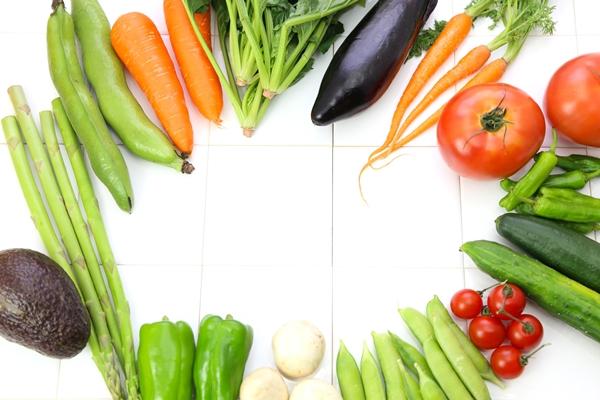 野菜が原因でシミが増えるかもしれない話