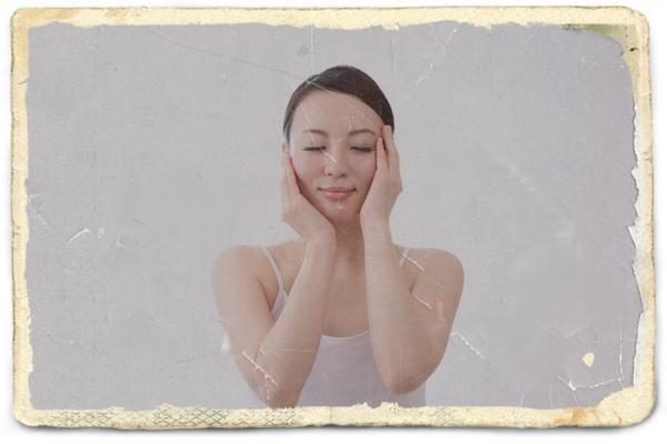日中の肌の乾燥対策はスプレーよりも保湿美容液!