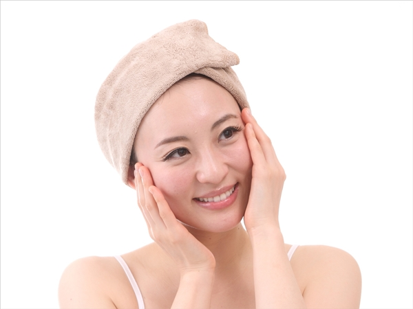 乾燥肌対策に、朝の泡洗顔をやめてみる。