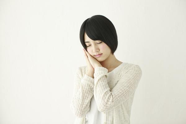 ストレス解消や安眠のためによく泣きよく笑おう